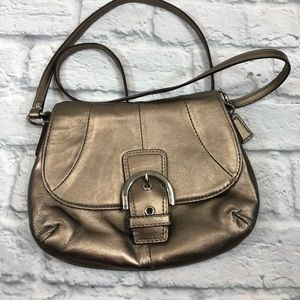 Coach leather Crossbody bag. Gold bronze.